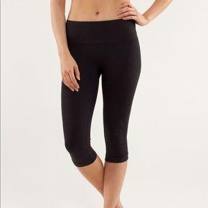 Lululemon In The Flow Crop Pants Black Size 2